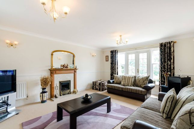 Thumbnail Detached house for sale in Dickenswood Close, Crystal Palace