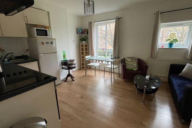 Thumbnail Duplex to rent in Stroud Crescent, Putney Vale