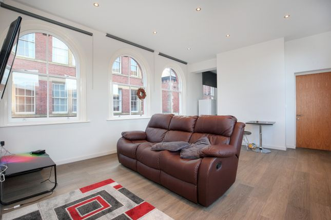 Thumbnail Flat to rent in All Inclusive Of Bills St Peters', St Peters Close, City Centre, Sheffield