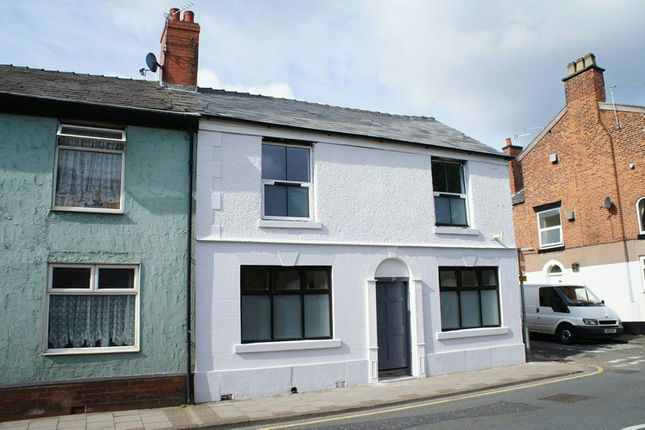 Thumbnail Flat to rent in West Street, Congleton