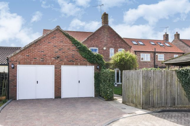 Double Garage of Westerby Court, South Kelsey LN7