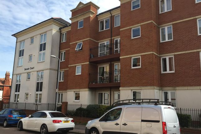 Thumbnail Flat for sale in Harold Road, Margate