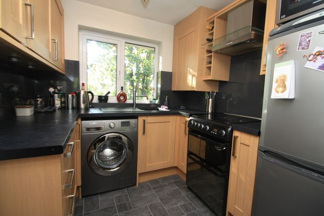 Thumbnail Flat to rent in 31 Bowling Green Court, Northwich