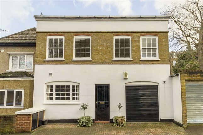 Thumbnail Property to rent in Harfield Gardens, Grove Lane, London