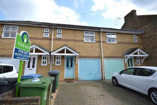Thumbnail Terraced house for sale in Holywell Road, Watford