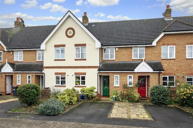 Thumbnail Terraced house for sale in Davies Walk, Isleworth, Middlesex