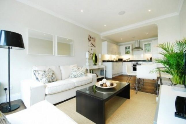 Thumbnail Flat to rent in Old Devonshire Road, London