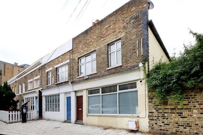 Detached house to rent in Crescent Lane, Clapham Common, London