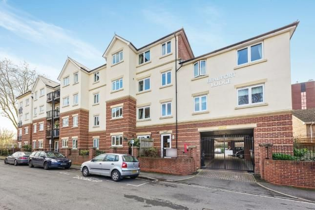 Thumbnail Flat for sale in Grove Road, Woking, Surrey
