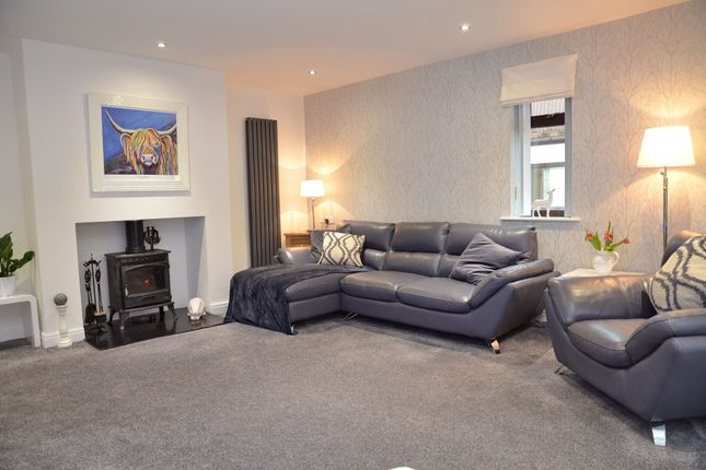 Large Lounge of Hest Bank Lane, Slyne, Lancaster LA2