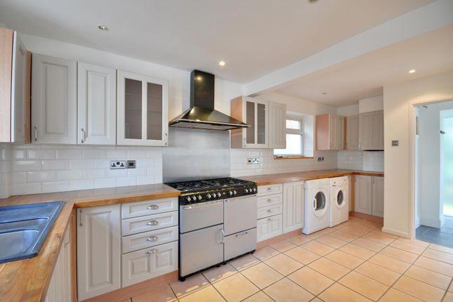 Thumbnail Property to rent in Edinburgh Avenue, Mill End, Rickmansworth, Hertfordshire