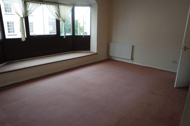 Thumbnail Flat to rent in College Court, Haverfordwest