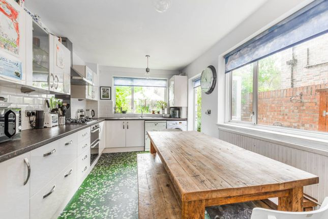 Thumbnail Terraced house to rent in Corbyn Street, Stroud Green