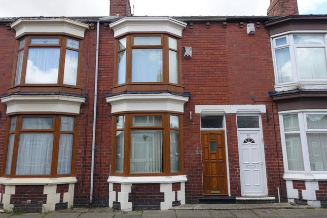 3 bed terraced house to rent in Clive Road, Middlesbrough TS5