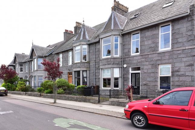 Thumbnail Flat for sale in Murray Terrace, Aberdeen