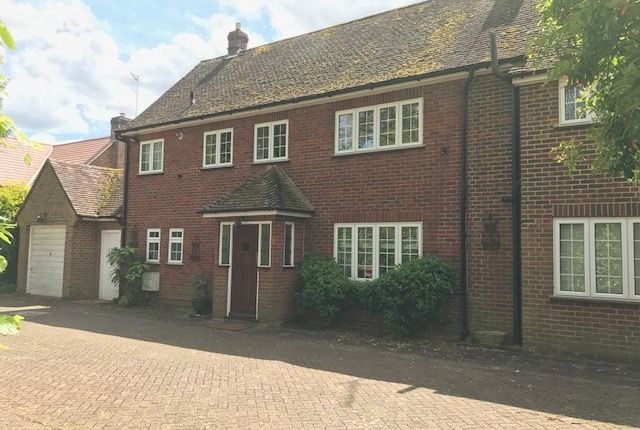 Thumbnail Detached house to rent in Mellersh Hill Road, Wonersh