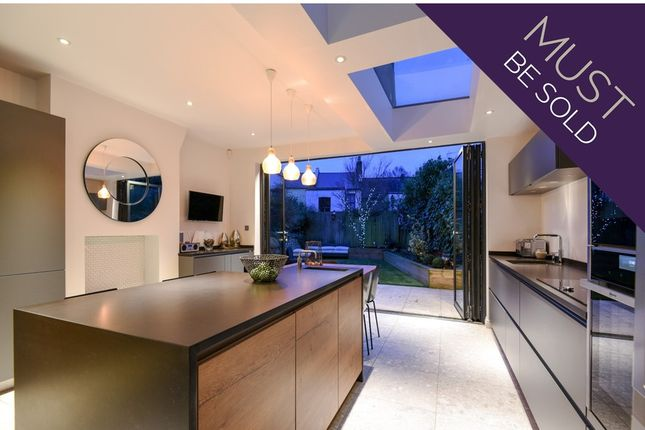 Thumbnail Flat for sale in Holmesdale Road, Highgate, London