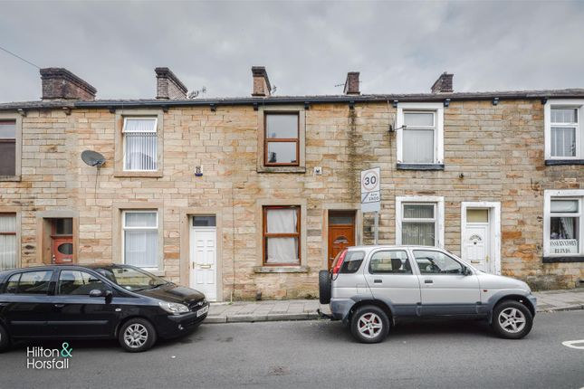 2 bed terraced house to rent in Rylands Street, Burnley, Lancashire BB10