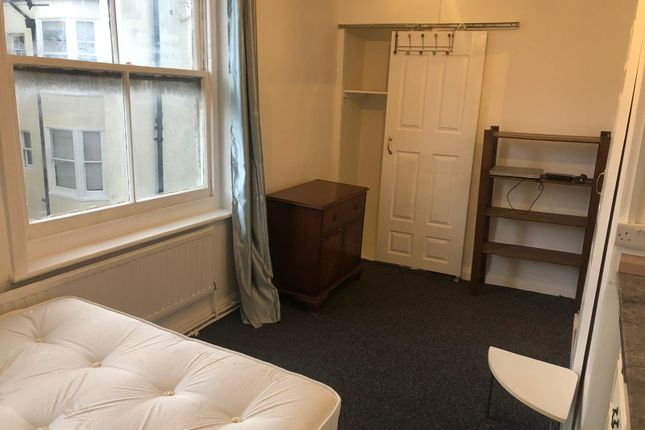 Thumbnail Flat to rent in Little Preston Street, Brighton