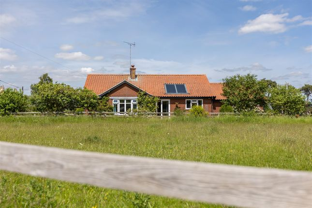 3 bed property for sale in Thorpe Bassett, Malton YO17