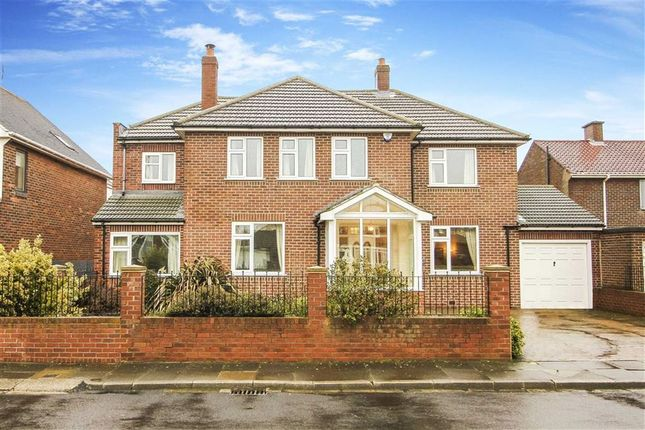 Thumbnail Detached house for sale in The Broadway, Tynemouth, Tyne And Wear