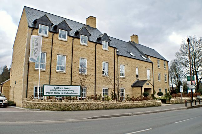 Thumbnail Flat for sale in Station Road, Bourton-On-The-Water, Cheltenham