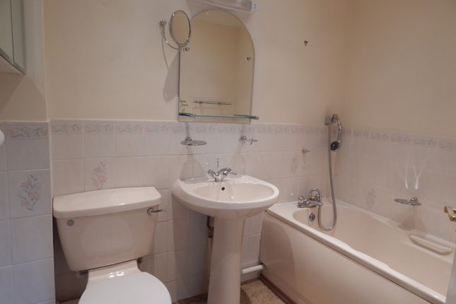 Bathroom of Pond Lane, Drayton, Norwich NR8