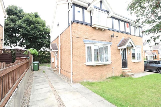 3 bed semi-detached house to rent in Earlswood Mead, Pudsey, Leeds LS28