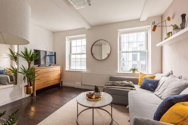 Thumbnail Flat to rent in Brune House, Bell Lane, Spitalfields, London