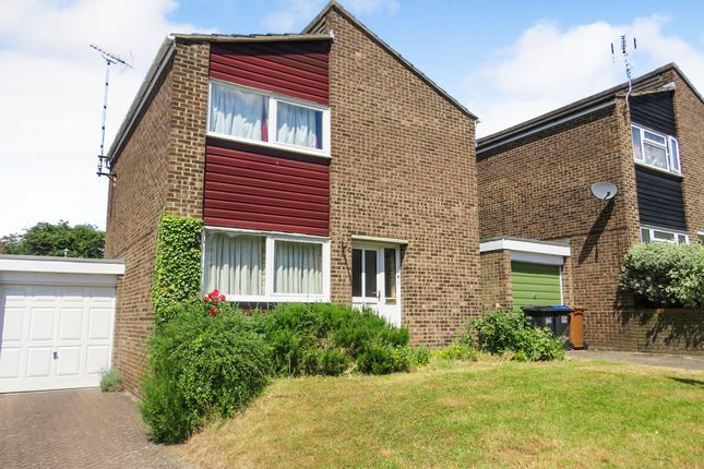 Thumbnail Detached house for sale in Cubitts Close, Digswell, Welwyn