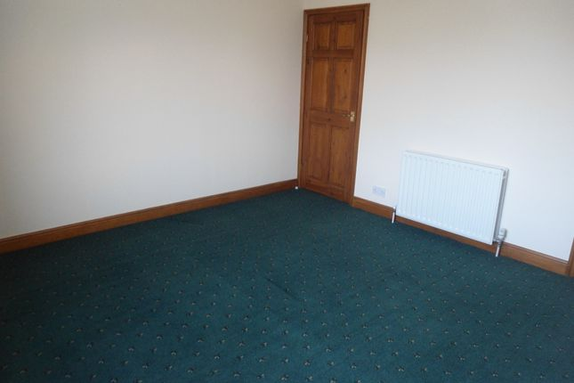 Bedroom of Bawtry Rd, Bramley, Rotherham S66
