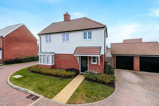 3 bed detached house for sale in Kennards Road, Coxheath, Maidstone, Kent ME17