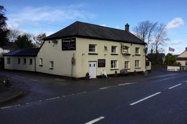 Pub/bar to let in Folly Gate, Okehampton