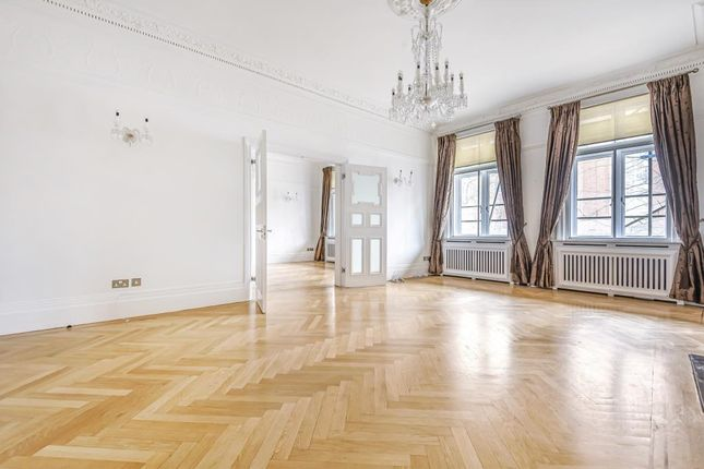 Thumbnail Flat to rent in Harley House, Marylebone