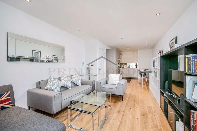 Photo 3 of Glenbrook Apartments, Hammersmith, London W6