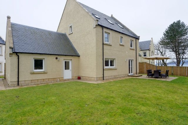 Thumbnail Detached house for sale in Cromarty Grove, Kip Marina Village, Inverkip