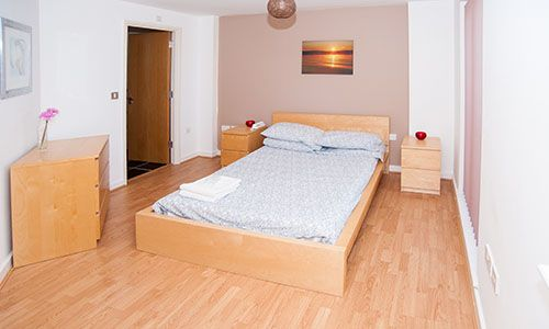 Ensuite Bedroom of Serviced Apartment 'short Term Let', CV Central Coventry, Serviced Apartment 'lowest Price Promise' CV1