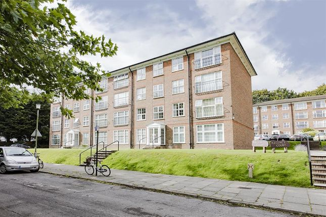 Thumbnail Flat for sale in Regency Court, Withdean Rise, Brighton