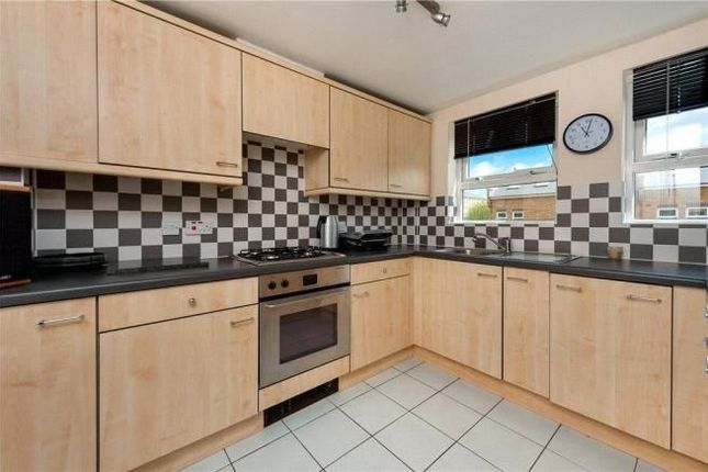 Thumbnail Semi-detached house to rent in Schooner Close, London