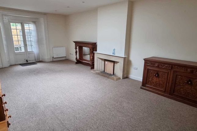 Thumbnail Room to rent in High Street, Chard