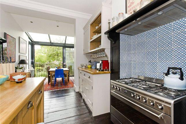 Thumbnail Maisonette to rent in Hartham Close, Hartham Road, London