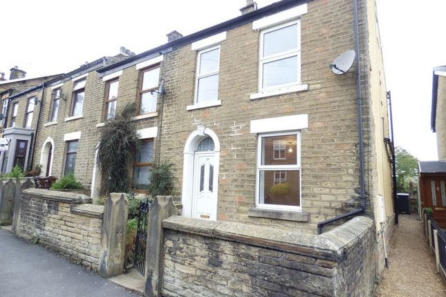 Thumbnail End terrace house to rent in Simmondley Lane, Glossop