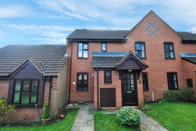 Thumbnail Maisonette to rent in Willow Tree Drive, Barnt Green, Birmingham