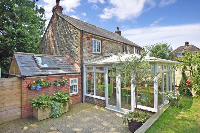 2 bed cottage for sale in Toddington Lane, Littlehampton, West Sussex