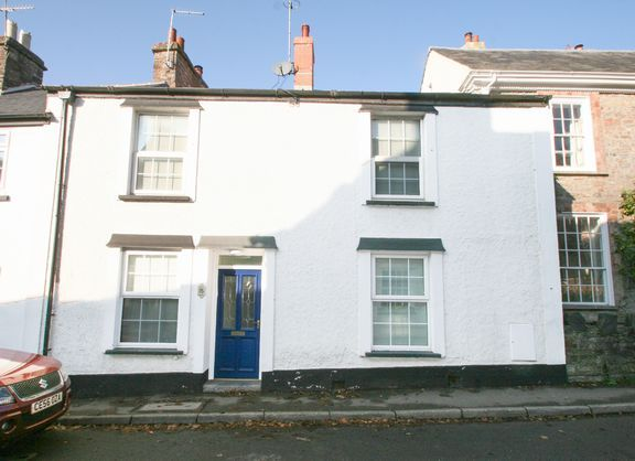Thumbnail Town house for sale in Castle Street, Bampton, Tiverton