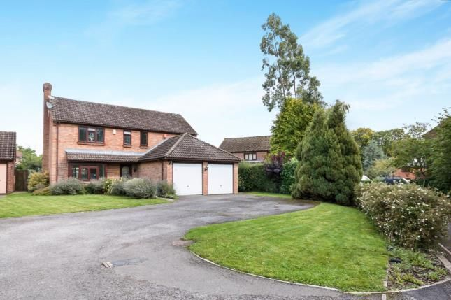 Thumbnail Detached house for sale in Oakley, Basingstoke, Hants