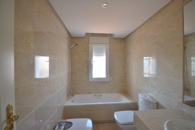 Penthouse_Sale_Dama_Noche_Bath2