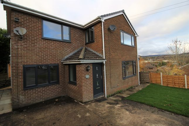 5 bed detached house to rent in Peaknaze Close, Simmondley, Glossop SK13