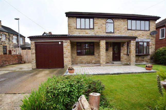Picture No. 03 of Oakwood Drive, Rothwell, Leeds LS26