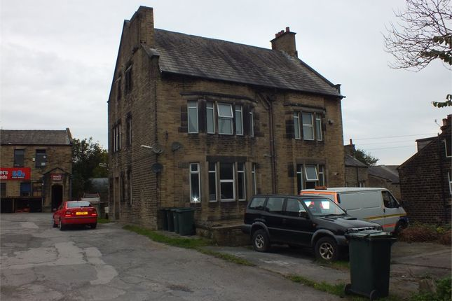 Studio to rent in Apartment 7, The Poplars, Oakworth Road, Keighley, West Yorkshire